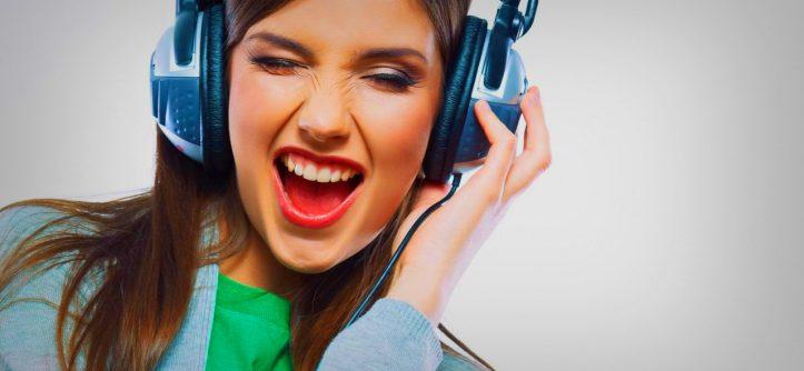 ouvir-musica-ajuda-na-produtividade-cover